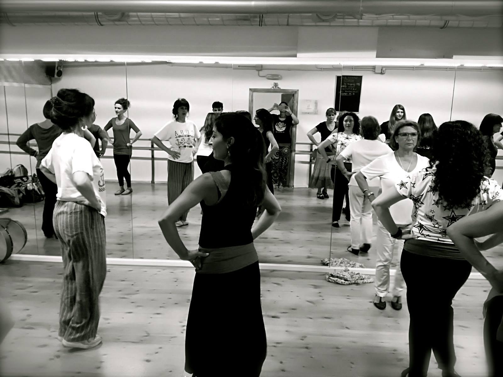 Incontro di balli popolari